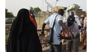 '' vigilance doit être de mise avant pendant et après cette fête'', a déclaré Midjiyawa Bakary, le gouverneur de la région.