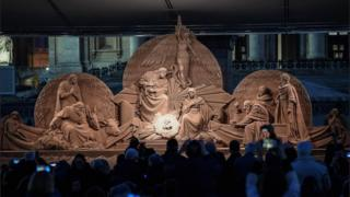 The Vatican nativity Scene, sculpted from sand, is inaugurated at St Peter's Square in Vatican City on 7 December 2018