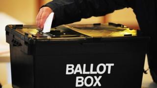 İngiltere'de bir oy sandığı