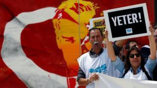 Türkiye Gazeteciler Sendikası, 3 Mayıs Dünya Basın Özgürlüğü Günü'nde İstanbul'da bir eylem düzenledi