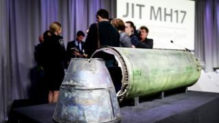 министр иностранных дел Великобритании Джереми Хант призвал Москву признать ответственность за крушение MH17