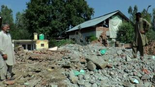 کشمیر، تباہ شدہ مکان