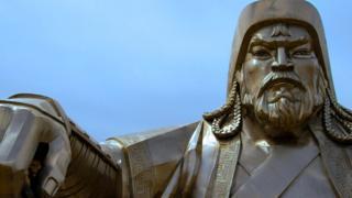 Статуя Чингісхана