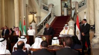 تلعب الإمارات العربية المتحدة دورا في عدد من الملفات الإقليمية أبرزها أزمة قطر