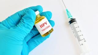 لقاح فيروس الورم الحليمي