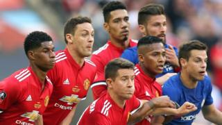 Manchester United and Chelsea players during the 2018 FA Cup final