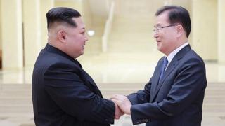 Kim Jong-un oo la kumaya ergada Kuuriyada Koonfureed