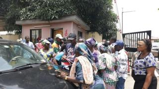 Lagos sweepers dey protest