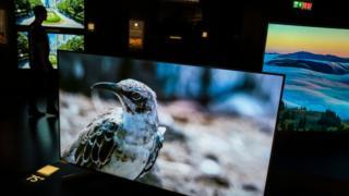 TV màn hình lớn là mặt hàng duy nhất có doanh số sáng sủa trong thị trường công nghệ ảm đạm