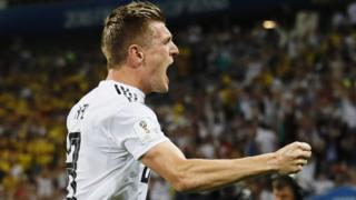توني كروس سجل هدف الفوز لألمانيا في الدقيقة الأخيرة من الوقت الإضافي