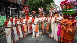 మాంచెస్టర్ దినోత్సవ వేడుకల్లో పాల్గొన్న భారతీయ మహిళలు