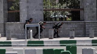 نیروهای ویژه پلیس در اطراف ساختمان مجلس