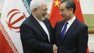 وزيرا الخارجية الإيراني والصيني