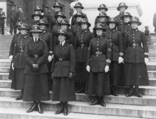 1919年5月18日倫敦第一批女警察