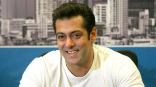 Salman Khan ayaa ka mid ah jileyaasha ugu caansan dunida