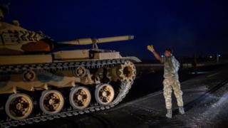 Турецкий танк на границе с Сирией