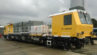 NIR's new leaf-clearing train