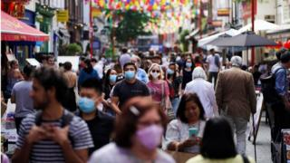 Covid: UK at 'critical point' in pandemic, top scientists to warn thumbnail