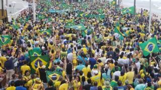 Manifestação pró-Bolsonaro em Salvador, antes das eleições