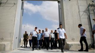 آویگدور لیبرمن، وزیر دفاع اسرائیل در گذرگاه کرم شالوم/کرم ابوسالم