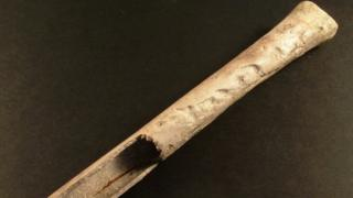 Bronze Age tradition of keeping human remains uncovered