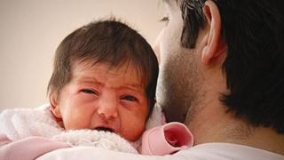 افزایش مرخصی زایمان پدران شاغل در بخشهای دولتی