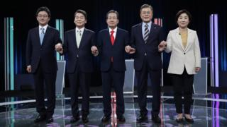 South Korean presidential candidates Yoo Seung-min, Ahn Cheol-soo, Hong Joon-pyo, Moon Jae-in, Sim Sang-jung