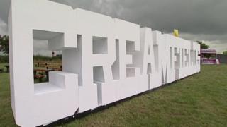 Creamfields signs