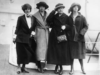 Irene, Marie y Eve Curie