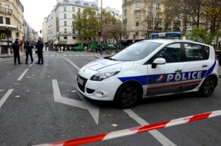 Police on duty in Paris, 14 Nov 15