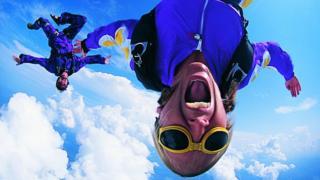 Sky diving women