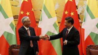缅甸总统吴廷觉和中国国家主席习近平