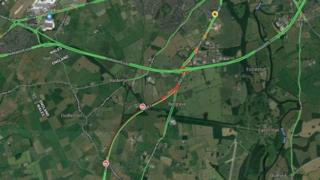 Satellite map showing live traffic on A483 Wrexham Road