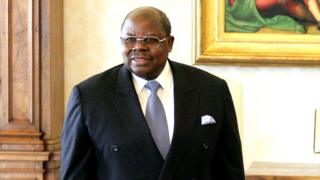 Benjamin Mkapa yabwiranye ishavu abari mu biganiro