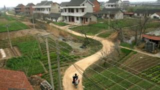 В Китае часто сносят деревни ради строительства других объектов