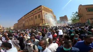 Protesters in Khartoum, Sudan (25 December 2018)