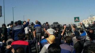 بازداشت شرکت آذراب در پی تجمع اعتراضآمیز هفته پیش کارگران در اراک صورت گرفته است.