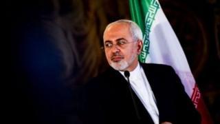 """وزیر خارجه ایران گفته در این کشور """"خیلی ها از پولشویی منفعت می برند"""""""