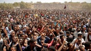 Supporters of Bekele Gerba, secretary general of the Oromo Federalist Congress (OFC), chant slogans to celebrate Gerba's release from prison, in Adama, Oromia Region, Ethiopia February 14, 2018