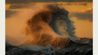 Водяные горы на озере Эри (Дейв Сэндфорд)