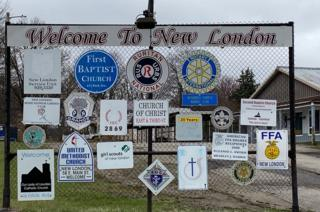 Welcome to New London, Ohio sign