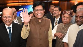 बजट 2019, इनकम टैक्स स्लैब, पीयूष गोयल, अंतरिम बजट, Budget 2019, Income tax sops, interim budget, लोकसभा चुनाव 2019, Budget2019, BudgetSession2019, Piyush Goyal, Finance Minister