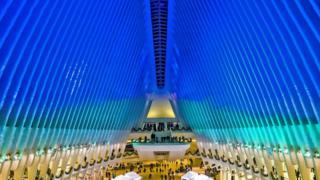 Велика арочна стеля в торговому центрі