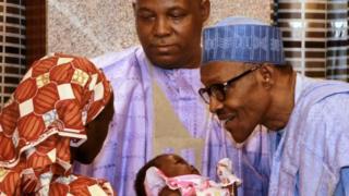Rais Buhari alikutana na Amina Ali baada ya kuokolewa