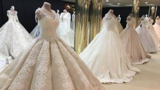 Фото из свадебного салона в Черновцах