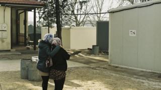 devojke iybeglice u kampu u subotici