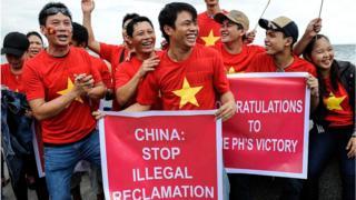 Quan chức Việt cũng nên xuống đường phản đối TQ (Ảnh minh họa)