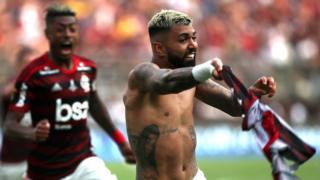 Barbosa celebrando el gol de la victoria