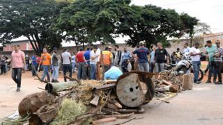 Truck drivers block the fuel distributor in Brasilia