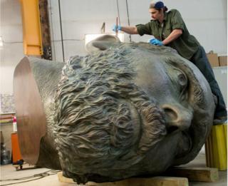 """Matthew Dunn waxes Douglas Coupland's bronze sculpture """"Vincent van Gogh"""""""